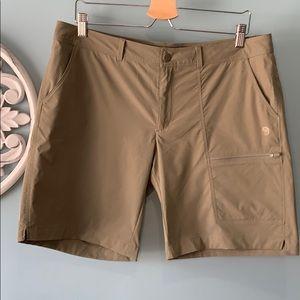 Mountain Hardwear shorts